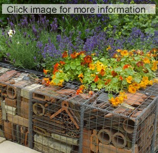 recyled brick retaining wall at chelsea flower show