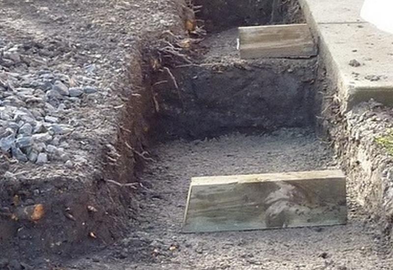 stepped gabion foundation